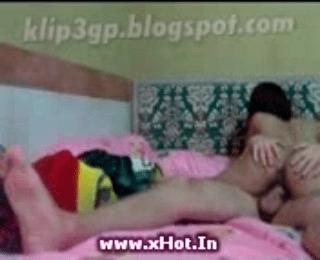 Download vidio bokep Hadiah Dari Pacar mp4 3gp gratis gak ribet