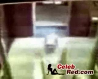 Download vidio bokep Arab Hijab Woman Taped Having Affair In Elevator mp4 3gp gratis gak ribet