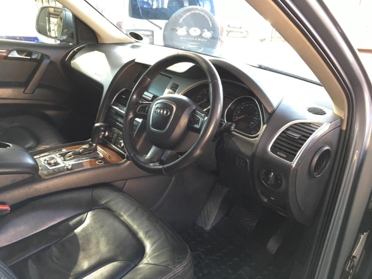 2009 Audi Q7 3.0TDI QUATTRO Triptronic 7 Seater full