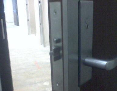 Mortise with electric chassis