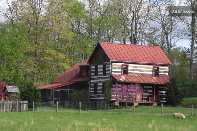 1830s log cabin house at Clear Spring Mill, Dillsburg, Pennsylvania