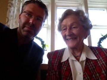 Underbart möte med Karin Wigertz, 89 årig Facebook-användare