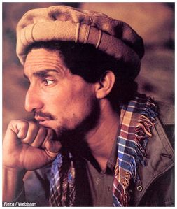 Massoud meditabondo