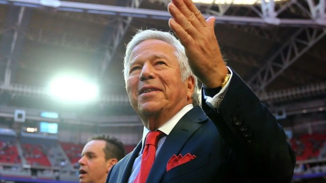 New England Patriots owner Robert Kraft walks on the field prior to Super Bowl XLIX at University of Phoenix Stadium on Feb. 1, 2015 in Glendale, Arizona. (Photo by Elsa/Getty Images)