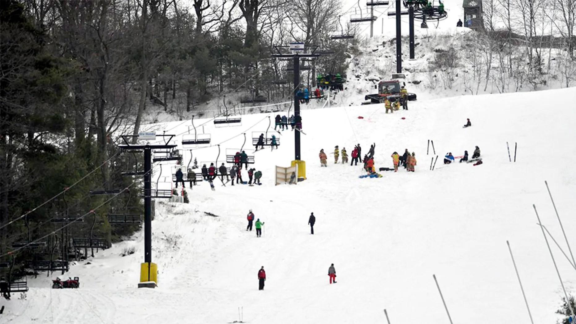 ski chair lift malfunction cheap papasan chairs for sale 5 injured after malfunctions at pennsylvania resort fox news
