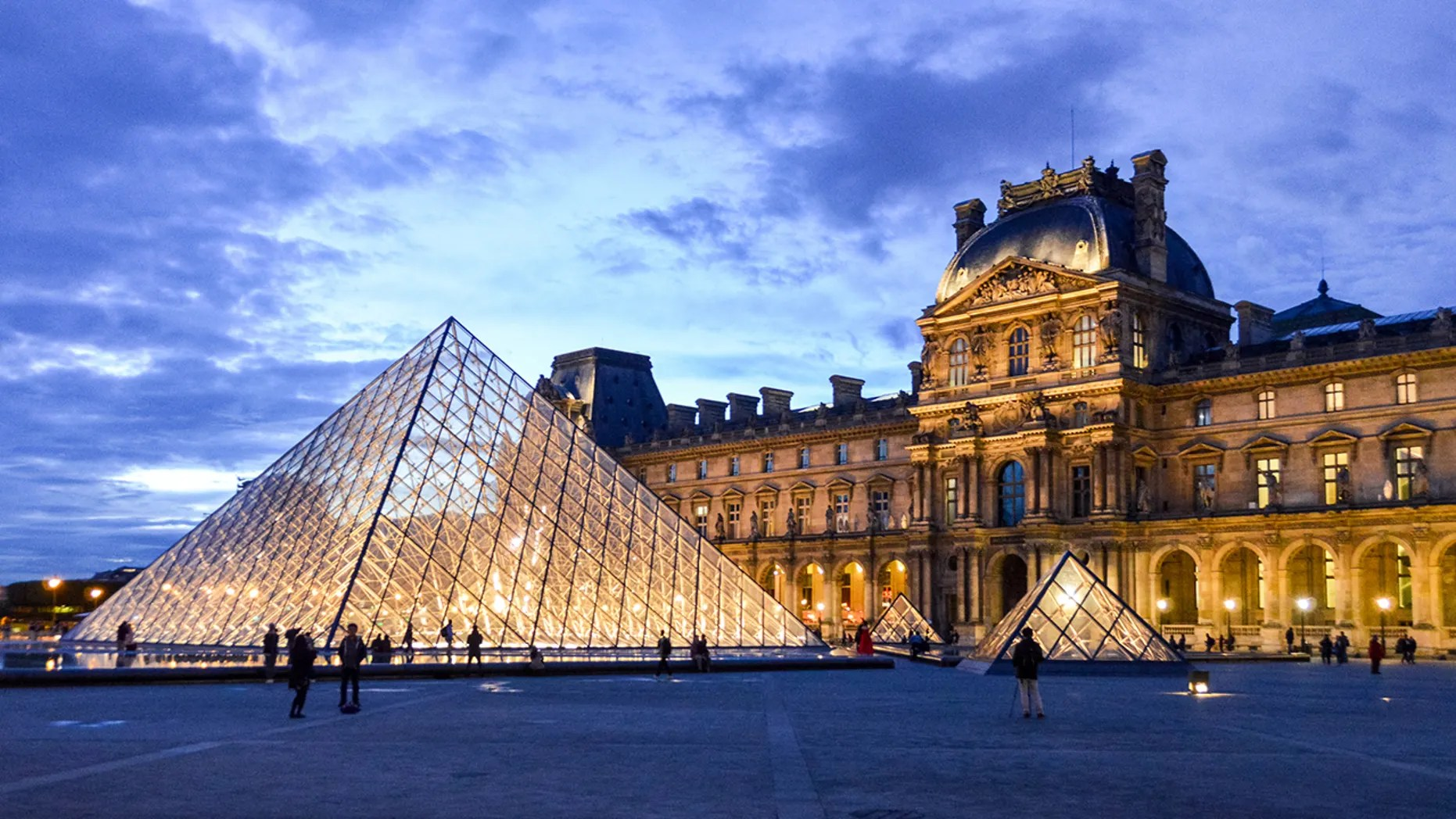 Instagram Influencer Reportedly Booted Louvre