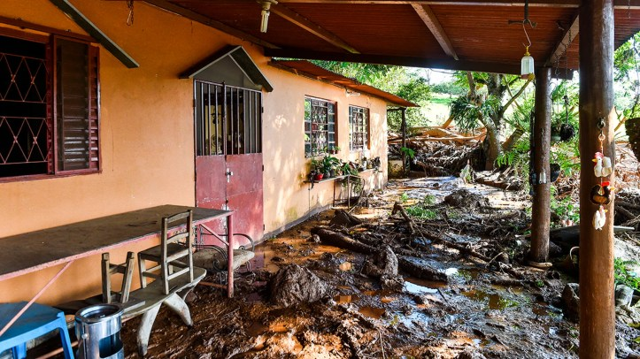 A house struck by the mud in southeastern Brazil on Jan.27, a day after the dam collapse. (Photo by Pedro Vilela/Getty Images)