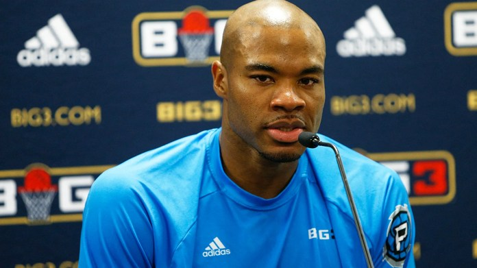10. AUGUST: Corey Maggette beantwortet Fragen aus den Medien während der achten Woche der BIG3 Three in der Basketball-Liga drei in der Infinite Energy Arena in Duluth, Georgia. (Getty Images)