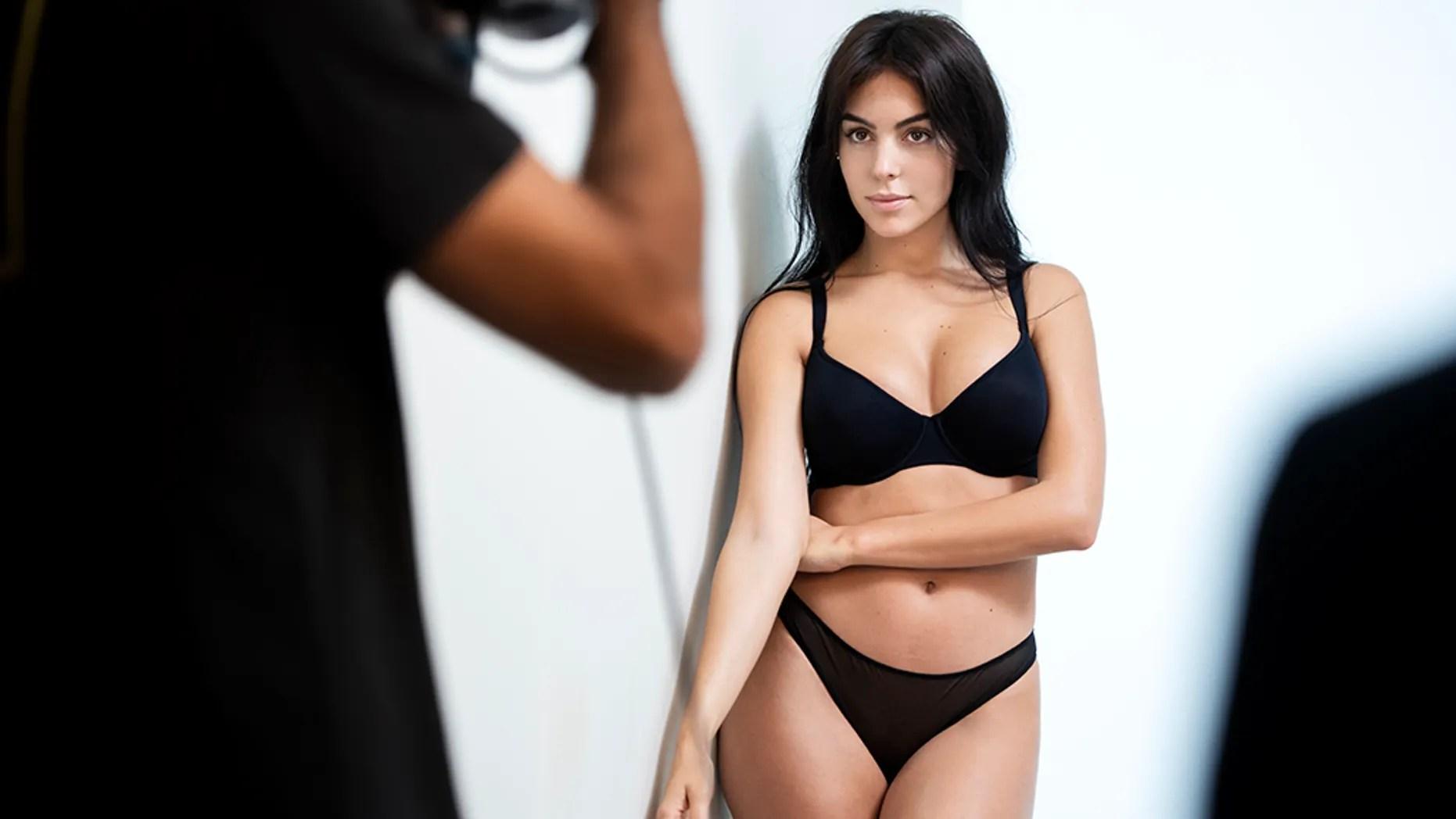 Model Georgina Rodriguez Shows Off Killer Curves In New
