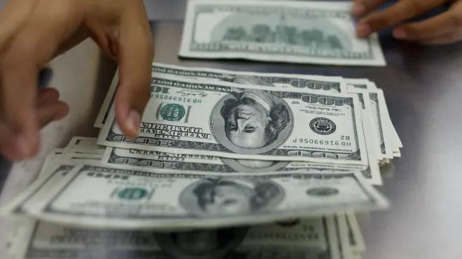 Hundred Dollar Bills Cash Money Currency