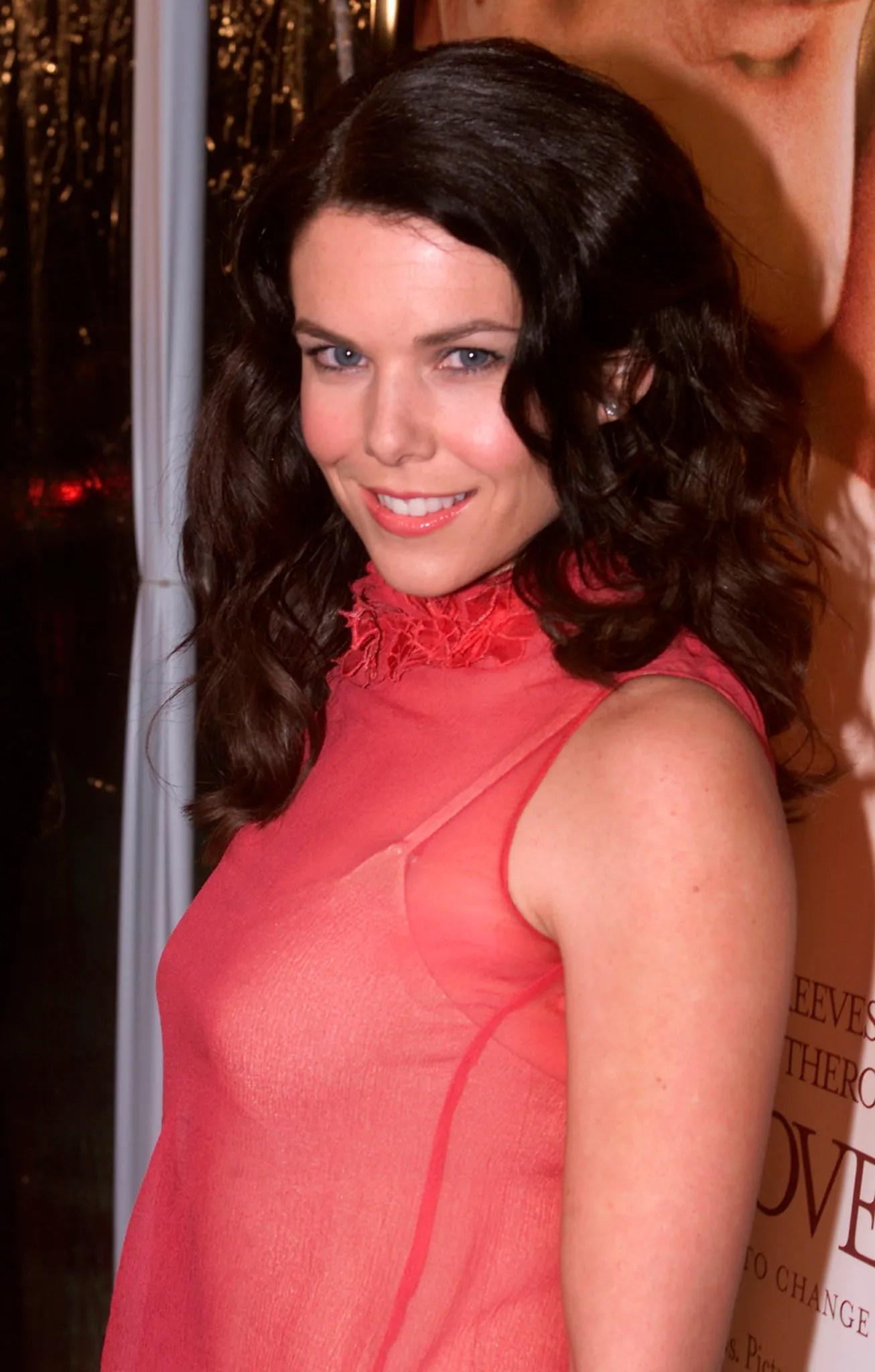 Lauren Graham Tits 29