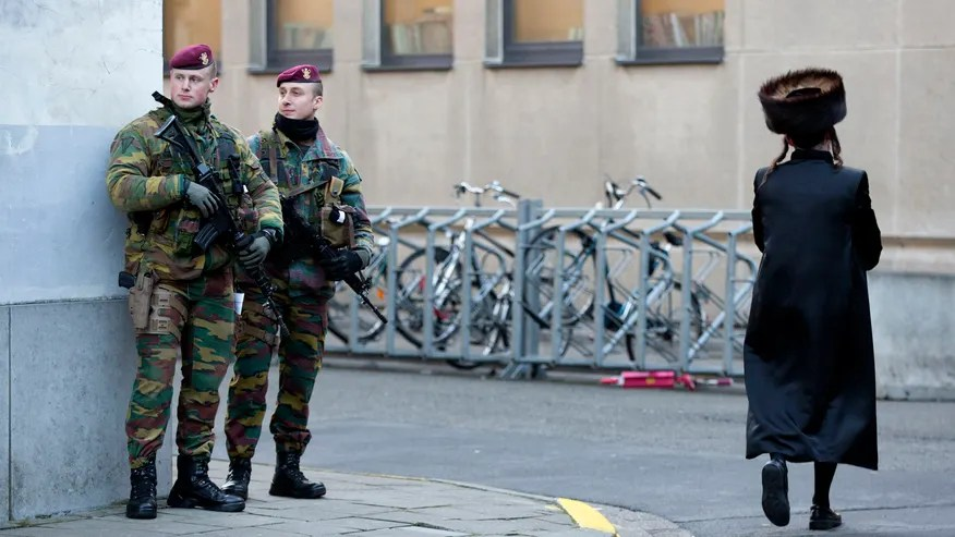 belgian-guards-protect.jpg