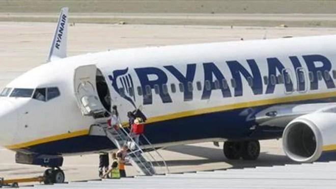 ryanair_carrier_reuters.jpg
