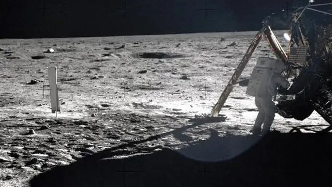 Apollo 11 astronauts trained on Earth to take individual photographs in succession in order to create a series of frames that could be assembled into panoramic images. This frame from Aldrin's panorama of the Apollo 11 landing site is the only (NASA)
