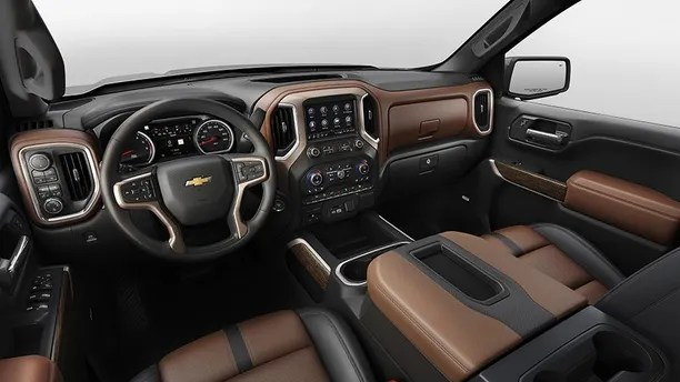 The all-new 2019 Silverado High Country interior features more passenger room, more storage space and more functionality — all the things that customers were clear they want. Every surface has been designed for function and ergonomics, from the rotary knob textures to the infotainment screen angle.