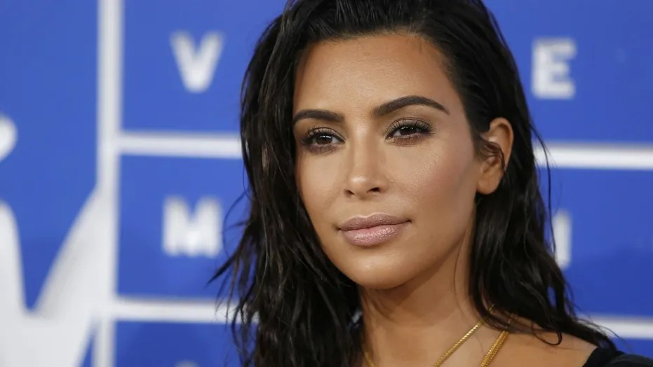 Kim Kardashian slammed Caitlyn Jenner for her comments about her late father Robert Kardashian Sr.