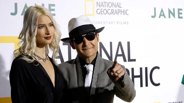 "Actor Corey Feldman and his wife Courtney Anne Mitchell pose at the premiere for the documentary ""Jane"" in Los Angeles, California, U.S., October 9, 2017. REUTERS/Mario Anzuoni - RC1DADEE5560"