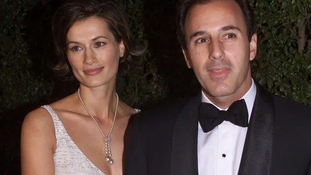 Matt Lauer with his wife, Dutch model Annette Roque, at the DreamWorks studio party following the 72nd annual Academy Awards March 26, 2000 at Spago in Beverly Hills.