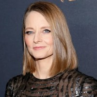 Jodie Foster: 'Every man over 30' should think 'about their part' in sexual harassment