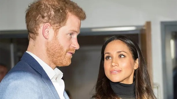 Britain's Prince Harry and his fiancee Meghan Markle visit the Nottingham Academy school in Nottingham, Britain, December 1, 2017. REUTERS/Andy Stenning/Pool - RC1A58AC09F0