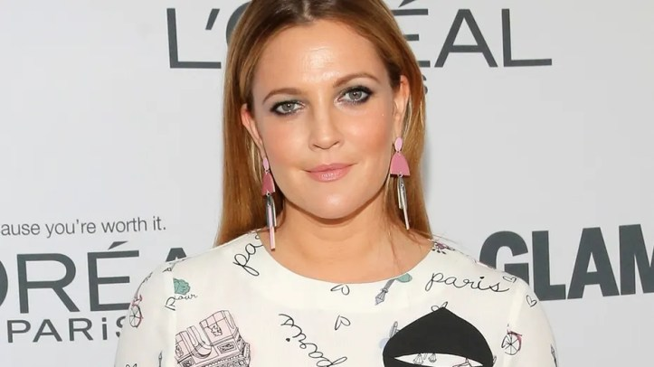 """Drew Barrymore says her stunt days are over after suffering a """"really scary"""" injury on set of the """"Santa Clarita Diet."""""""