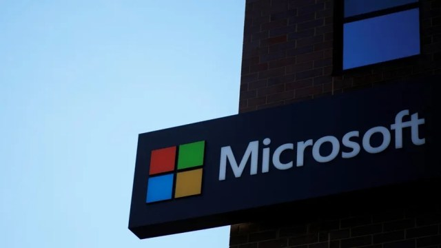 Microsoft operating system group vice president Joe Belfiore revealed on Twitter today that Microsoft is no longer focusing on its mobile platform. (Credit: REUTERS/Brian Snyder)