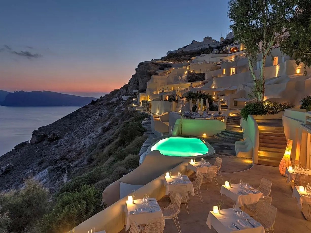 Beautiful Clifftop Hotels In World Fox