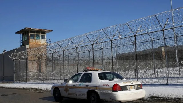 Image result for Cook County Jail pizza
