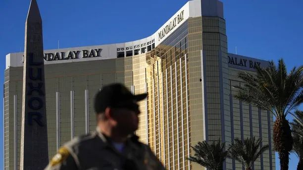 Image result for Las Vegas gunman shot security guard six minutes before massacre