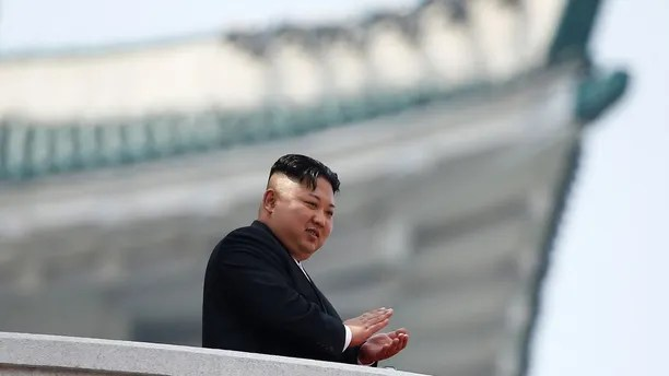 North Korean leader Kim Jong Un applauds during a military parade marking the 105th birth anniversary of the country's founding father, Kim Il Sung, in Pyongyang April 15, 2017. REUTERS/Damir Sagolj - RTS12DXU