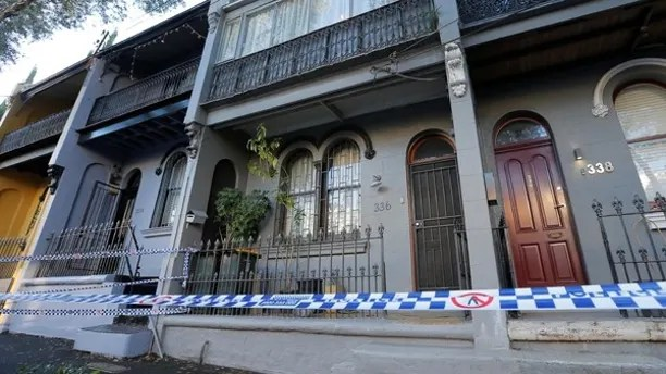 Police tape surrounds a property targeted in recent raids related to a planned attack on Australia's aviation sector in the Sydney suburb of Surry Hills, Australia, August 4, 2017.    REUTERS/Jason Reed - RTS1AB68