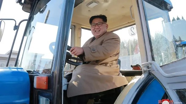 North Korean leader Kim Jong Un gives field guidance to the Kumsong Tractor Factory in this undated picture provided by KCNA in Pyongyang on November 15, 2017. KCNA via Reuters ATTENTION EDITORS - THIS IMAGE WAS PROVIDED BY A THIRD PARTY. REUTERS IS UNABLE TO INDEPENDENTLY VERIFY THIS IMAGE. SOUTH KOREA OUT. NO THIRD PARTY SALES. NOT FOR USE BY REUTERS THIRD PARTY DISTRIBUTORS     TPX IMAGES OF THE DAY - RC1E21AB1630