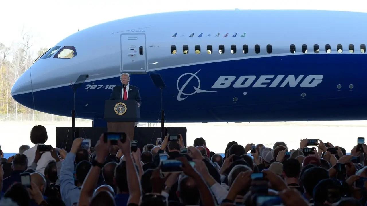 Resultado de imagen para Boeing Commercial Airplanes