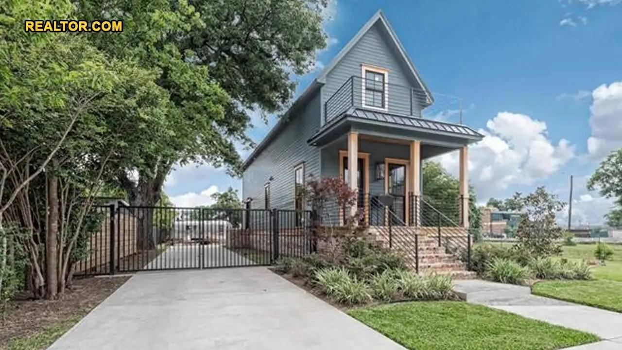 $28K 'fixer Upper' Home Now Selling For $1 Million, But Is It Worth It? |  Fox News