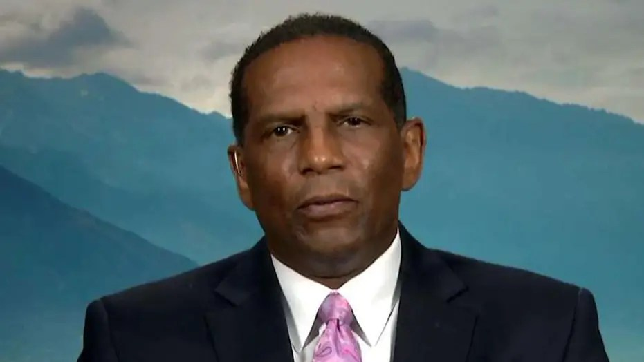 Ex Nfl Star Burgess Owens The Flag And Why I Stand Fox News