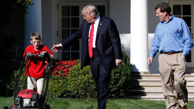"""11-year-old Frank Giaccio mowed the White House Rose Garden lawn and didn't stop working even as President Trump greeted him.  Giaccio described his experience as """"pretty much the best day of my life."""""""