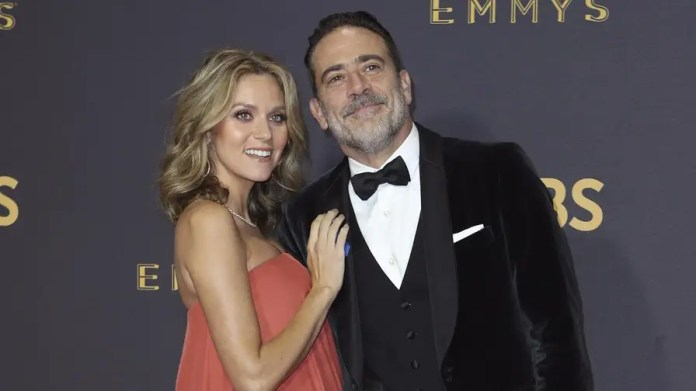 Actress Hilarie Burton is claiming Ben Affleck grabbed her breast during a 2003 'TRL' appearance, hours after Affleck condemns similar behavior by Harvey Weinstein.