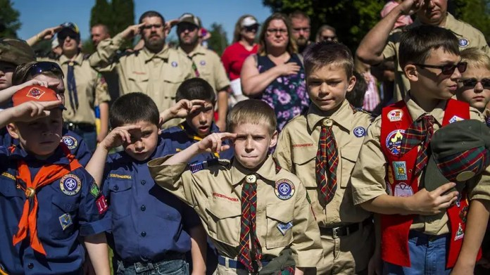 Each scout pack will have the option to remain all-boy or establish a separate den for girls, with all dens remaining single-gender; James Rosen has the reaction for 'Special Report.'