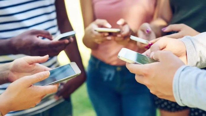 "One out of two teenagers feels ""addicted"" to their phone, according to a recent study. Statistics like this may have fueled two major Apple investors to push the company to offer more flexible parental controls. Apple has since announced that it's working on new ways to protect kids from smartphone addiction, but will it be too little too late?"