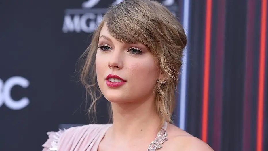 Taylor Swift Releases New Song That Targets Homophobia To