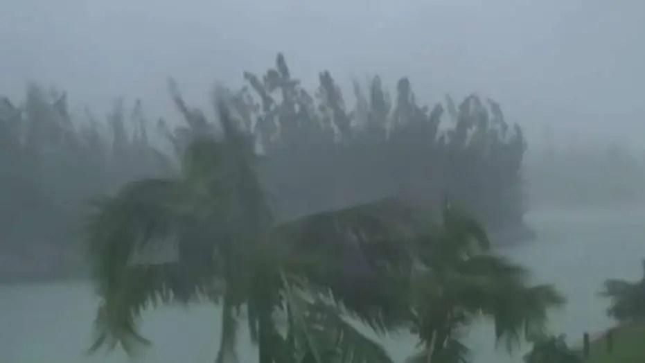 Hurricane Dorian pummels Bahamas, threatens southeast coast