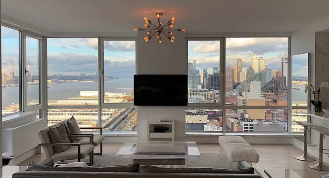 This Nyc Apartment Costs 85m But It Comes With A Trip To