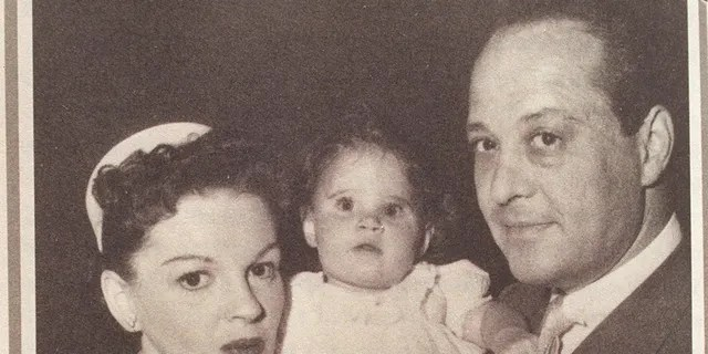 Lorna Luft as a baby with her mother, Judy Garland and father, Sid Luft on the set of