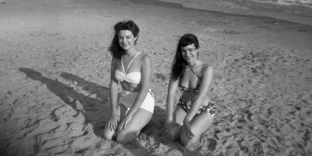 Goldie (left) and her sister Bettie in 1951.