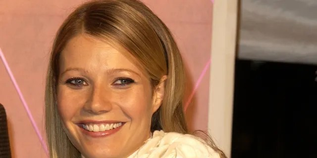 Gwyneth Paltrow attends the Los Angeles premiere of 'The Royal Tenenbaums' at the El Capitan Theater on December 6, 2001 in Hollywood, California.