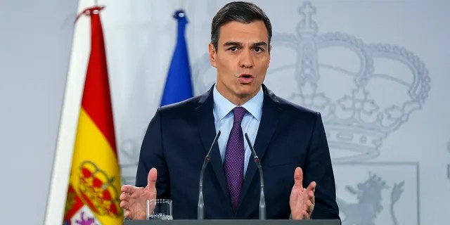 Spain's Prime Minister Pedro Sanchez delivers a statement at the Moncloa Palace in Madrid, Spain, Monday, Feb. 4, 2019. Sanchez told reporters