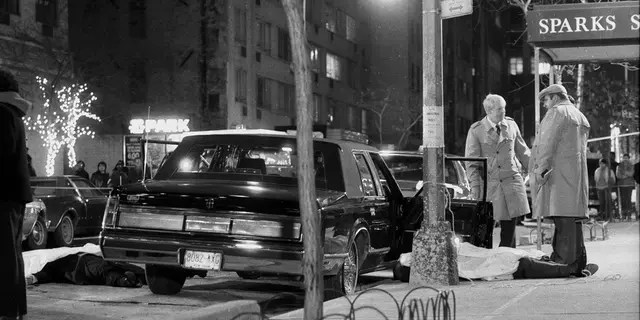 Detectives stand over thebody of reputed mob boss Paul Castellano, after his execution outside of Sparks Steakhouse in New York City in 1985. Cali's death Wednesday marked the first time since Castellano's murder that a top-rankingsuspected mob figure was killed in the city. (Photo By: Tom Monaster/NY Daily News via Getty Images)