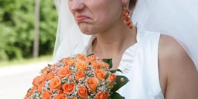 bride shames wedding guest