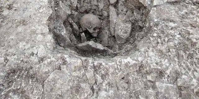 One skeleton was discovered with the skull placed at its feet.
