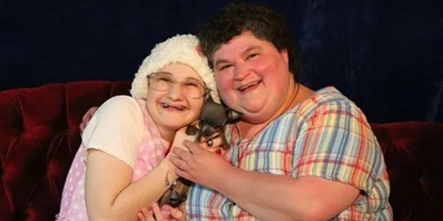 Gypsy Rose Blanchard (links) berichtete über den Missbrauch, den sie vor ihrer Ermordung von ihrer Mutter Dee Dee (rechts) erlitten hatte.
